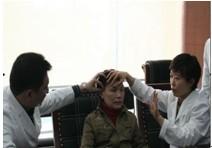 武汉伊美尚—姜琳与龙维主任讨论励志婆婆的手术方案