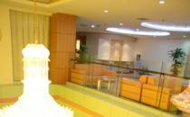北京五洲女子医院旋转楼梯阳光大厅