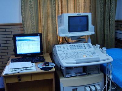 山东大学齐鲁医院医生办公室图片