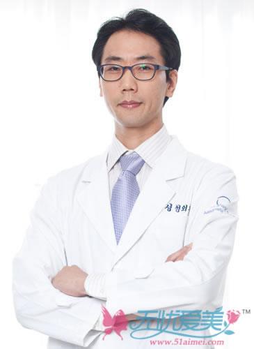 韩国原辰整形医院专家吴宰原