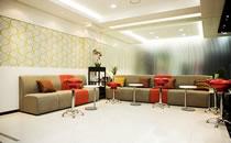 韩国S-ONE整形外科医院等候室