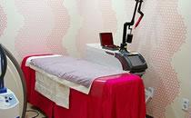 韩国S-ONE整形外科医院激光美容室