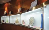 无锡同济医疗美容医院产品展示区