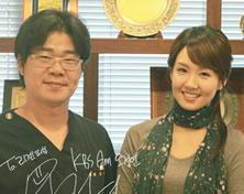 主持人吴静艳来访韩国丽珍整形医院