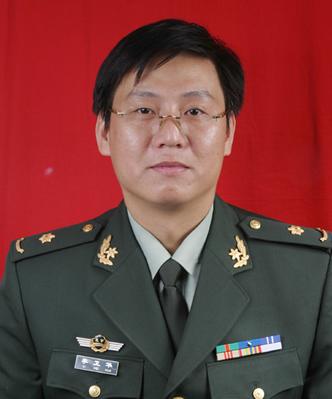 李卫华 天津武警医学院整形美容外科专家