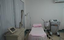 桂林秀美整形医院激光美容室