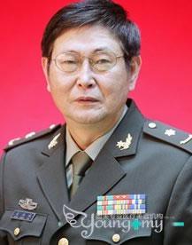 袁湘斌 上海盈美专业医疗美容机构整形专家