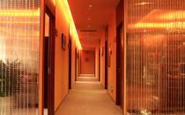 大连艺星二楼走廊
