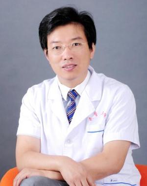 武警三院整形科杨俊恩博士