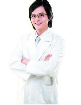 王朝辉 北京协丽医疗美容(莫琳娜国际)医院整形专家