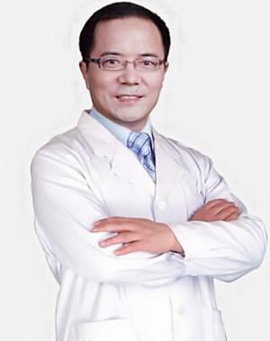 崔海燕,男,留法博士