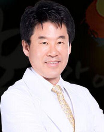 朴东满 深圳可丽雅整形医院整形专家