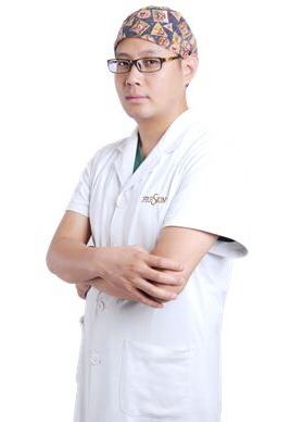 郑胜国 四川晶肤医学美容医院整形外科主任
