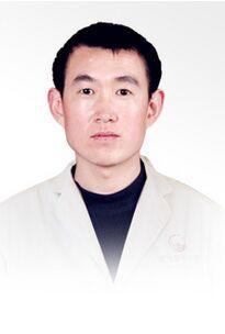 崔立龙 保定卓越医疗美容诊所主治医师