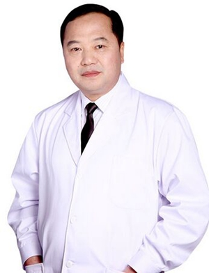 刘和平 南宁东方整形医院主任医师/院长