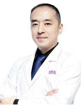 余永刚 深圳希思医疗美容医院无创科副主任医师