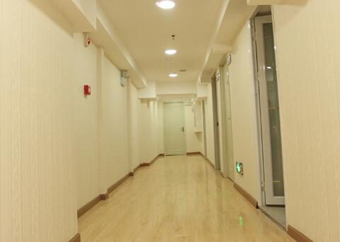 襄阳伊莱美医疗美容诊所走廊