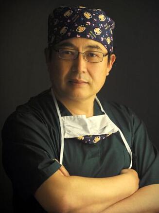 王保生 那美国际整形教授、主任医师