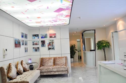 重庆江之南整形医院大厅