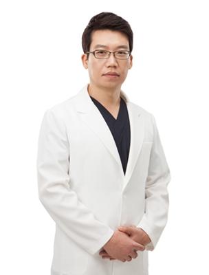 金卓浩 韩国朴相薰ID整形医院整形专家