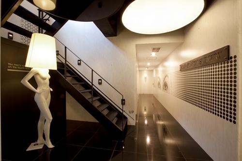 韩国星星整形外科楼梯
