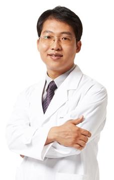 金廷勋 韩国FACE-LINE整形外科医院整形专家