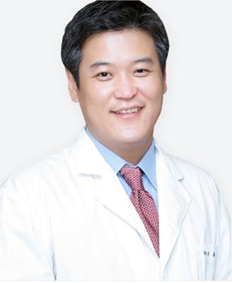 韩国女神整形医院 池龙熏院长