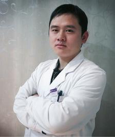 李铁 杭州静港整形医院副主任医师