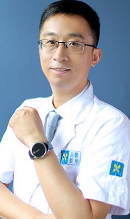 杨洋 丹东晶馨美容医院整形专家
