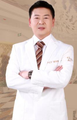 时伟 芜湖壹加壹整形外科医师