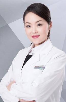 雒娜 皮肤激光美容青年医师