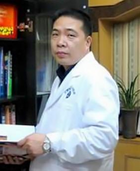 张聚栋 西宁友健美容整形医院美容主任医师