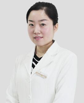 高佩仙 郑州华山整形美容医院皮肤美容师