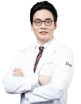 韩国DA整形医院代表院长 李相雨