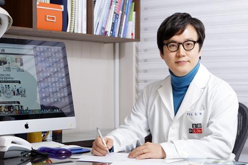 曹昌焕 韩国童颜中心代表院长