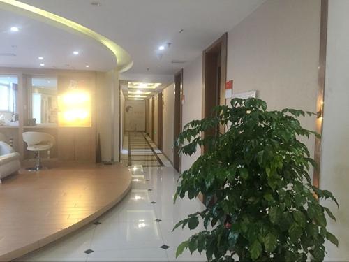 扬州美贝尔(原丽致)医疗美容医院走廊