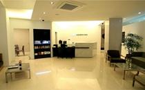 韩国优容整形医院服务台