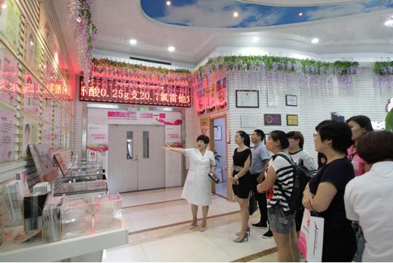中韩PPDO线雕高峰论坛与会专家团对华怡进行参观