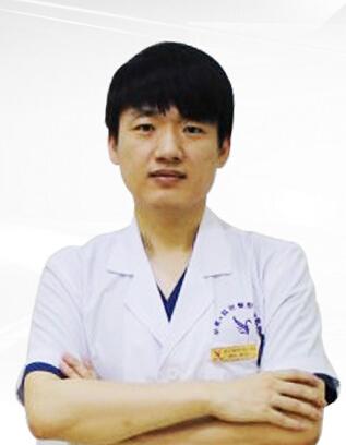 黄万宇 肇庆华美医学美容医院整形专家
