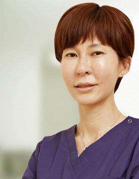 崔秀姬 韩国美自人整形医院院长