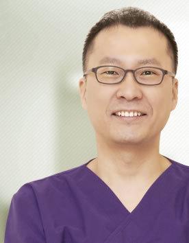 金灿棕 韩国美自人整形医院院长