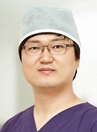 韩国美自人整形医生 张德相