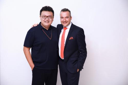 Dr.Hendrickx和王浩院长