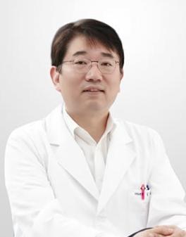 任兴彬 韩国多仁牙科医院院长