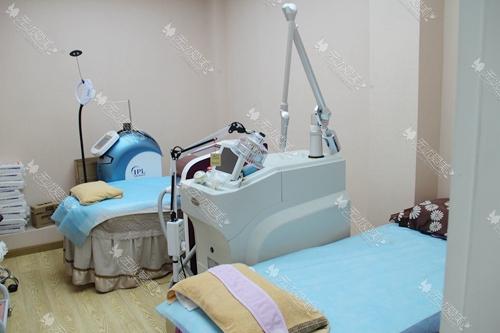 杭州东方整形医院二楼皮肤治疗室
