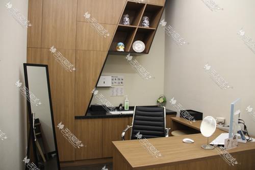 上海玫瑰医疗美容医院一楼商谈室