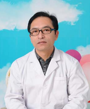呼伦贝尔董海杰整形医院 李乃东医生