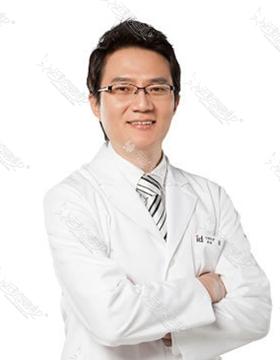 黄仁锡 韩国id整形医院院长