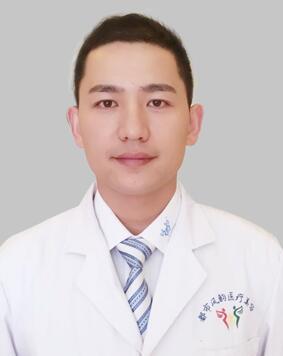 郑明涛 郑州都市风韵整形医院微创整形专家