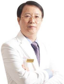 刘月更 深圳军科整形医院院长